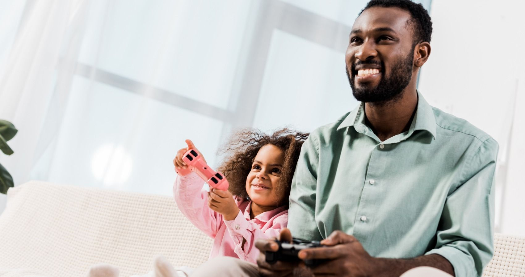 Playing Video Games With Your Daughter May Be Good For Her Health