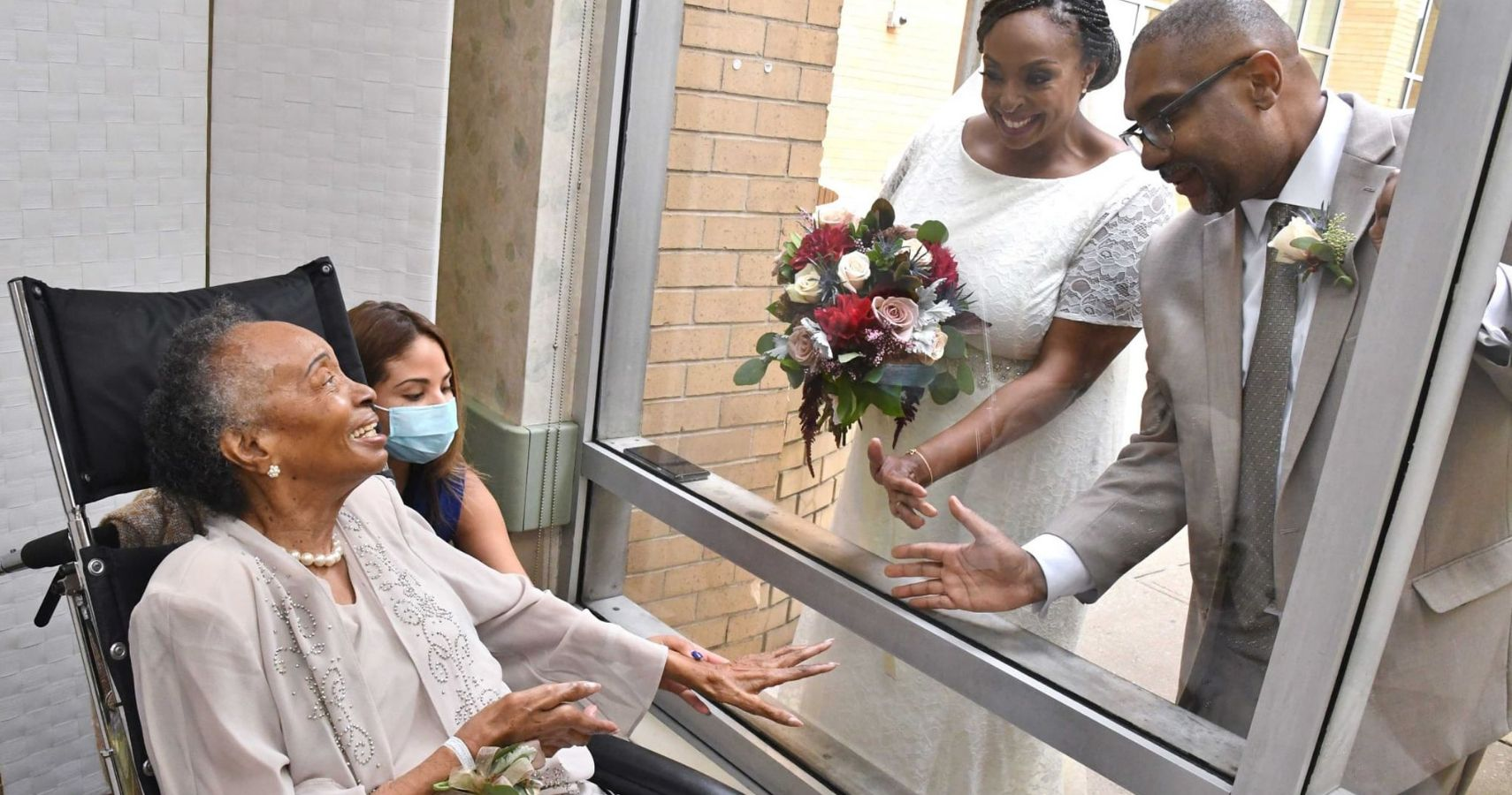 Couple Gets Married In Courtyard Outside Mom's Window | Moms.com